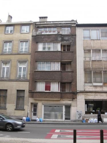 73 rue du Trone